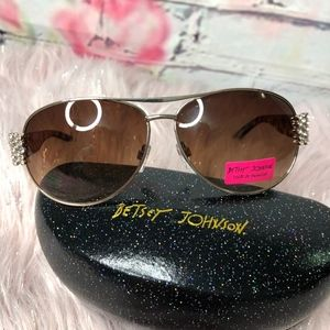2386c7a4fb New Betsey Johnson Bling Sunglasses
